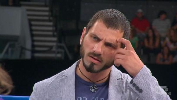 Perfecto Aries garante: Eu sou o melhor lutador da Hardcore Perfection